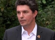 Senator Scott Ludlam Resigns After Failing to Denounce Dual Citizenship