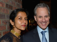 "Sri Lankan Claims Attorney General Eric Schneiderman Refers to her as ""brown slave"", Slaps Her,-Demands to be Called Master"